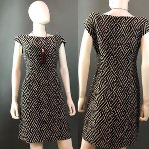 Sleeveless Sheath Style Dress